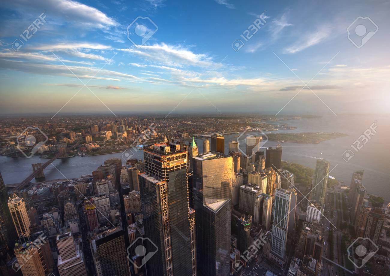 マンハッタのダウンタウンの航空写真、ニューヨーク、アメリカ合衆国 ...