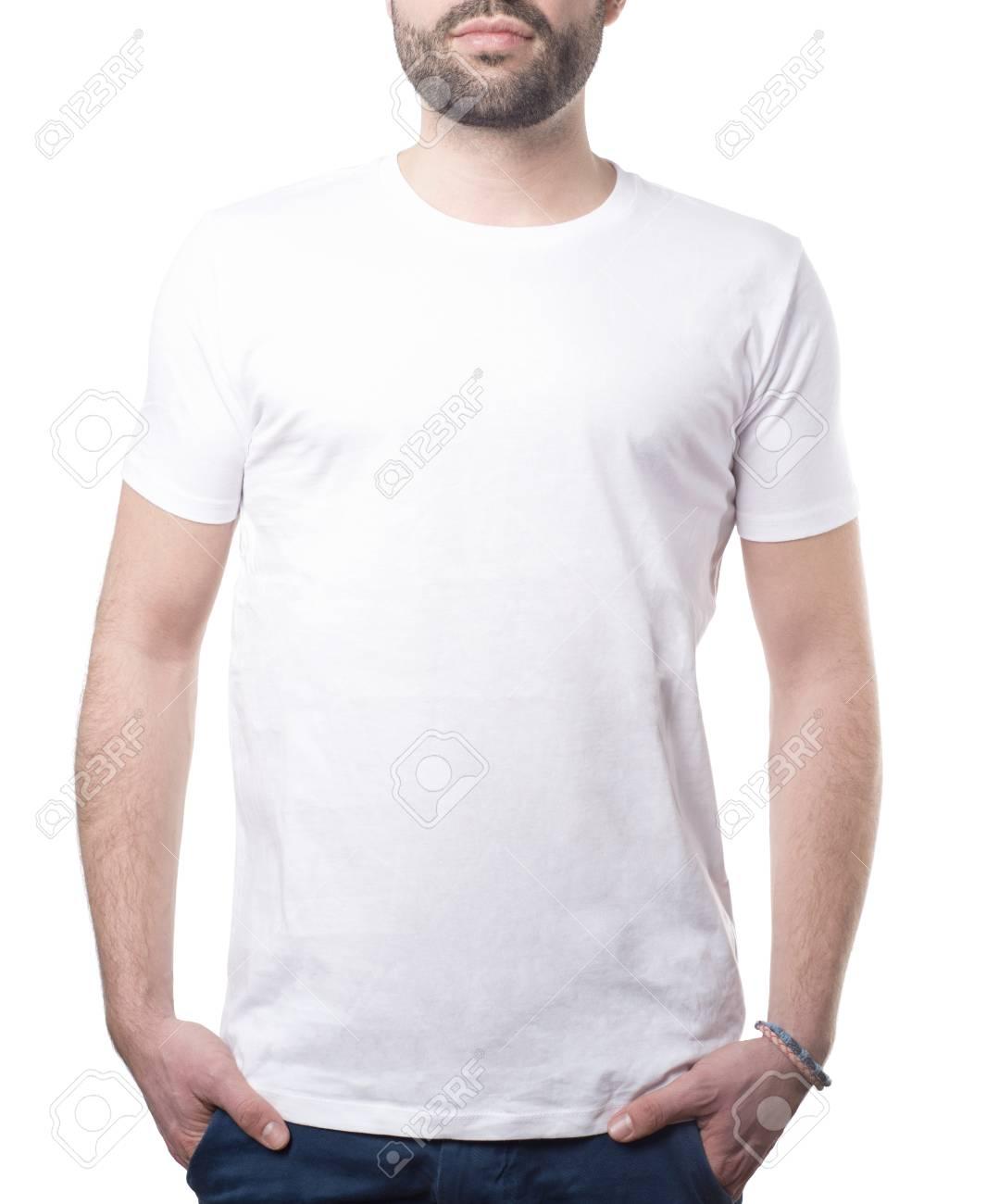 0350205cde Foto de archivo - Hombre con camisa blanca clásica aislado en blanco con  trazado de recorte para el fondo y de prendas de vestir