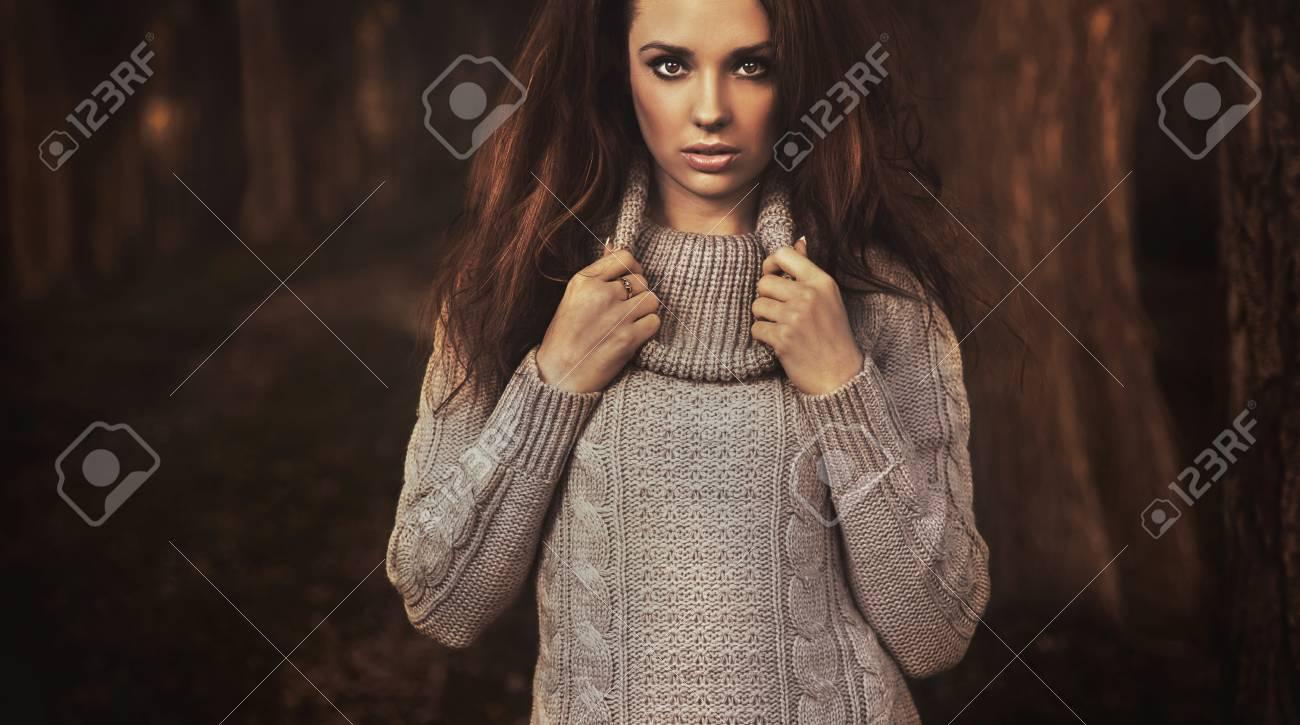 Autumn lady Stock Photo - 9078444