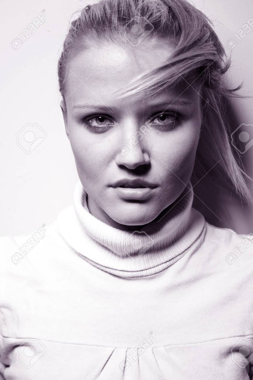 Portrait of a blond lady with amazing eyes Stock Photo - 9468247