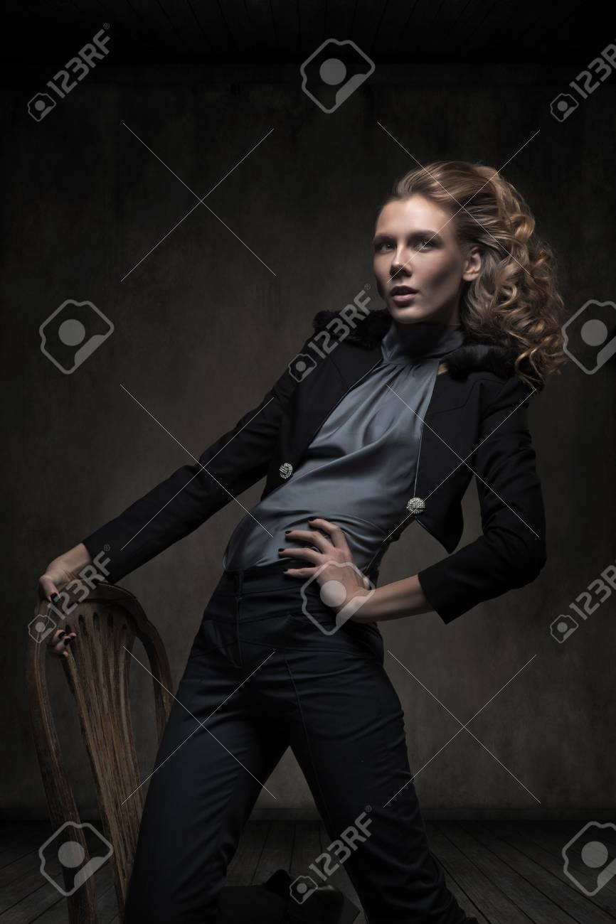 Glamour woman in empty room Stock Photo - 12006917