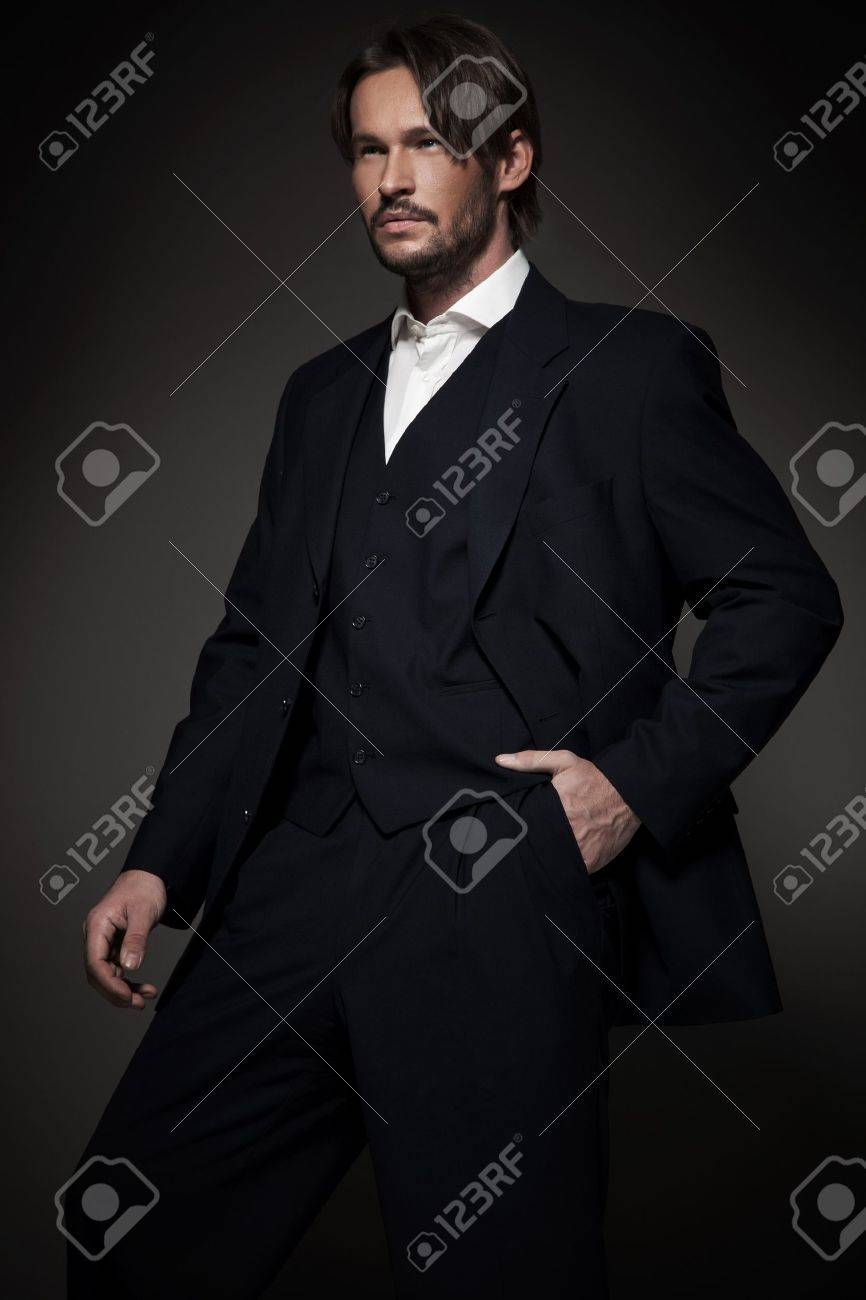 Handsome man wearing suit Stock Photo - 12005216