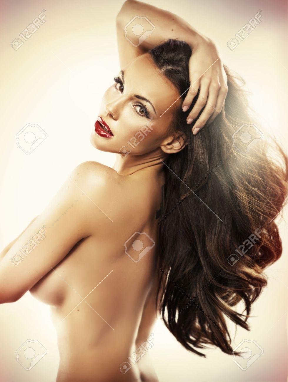 Nude schöne frauen Frauen Pics
