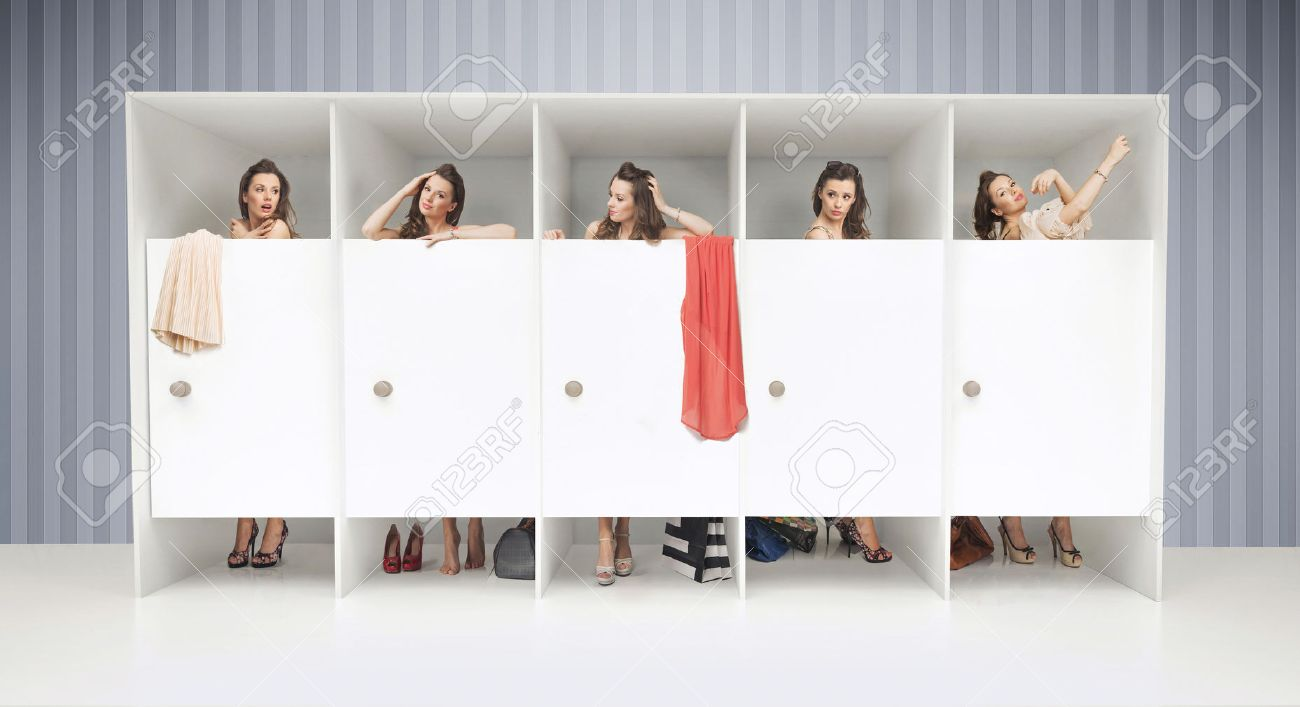 Changing Room: Five Young Girls In Changing Rooms Part 95