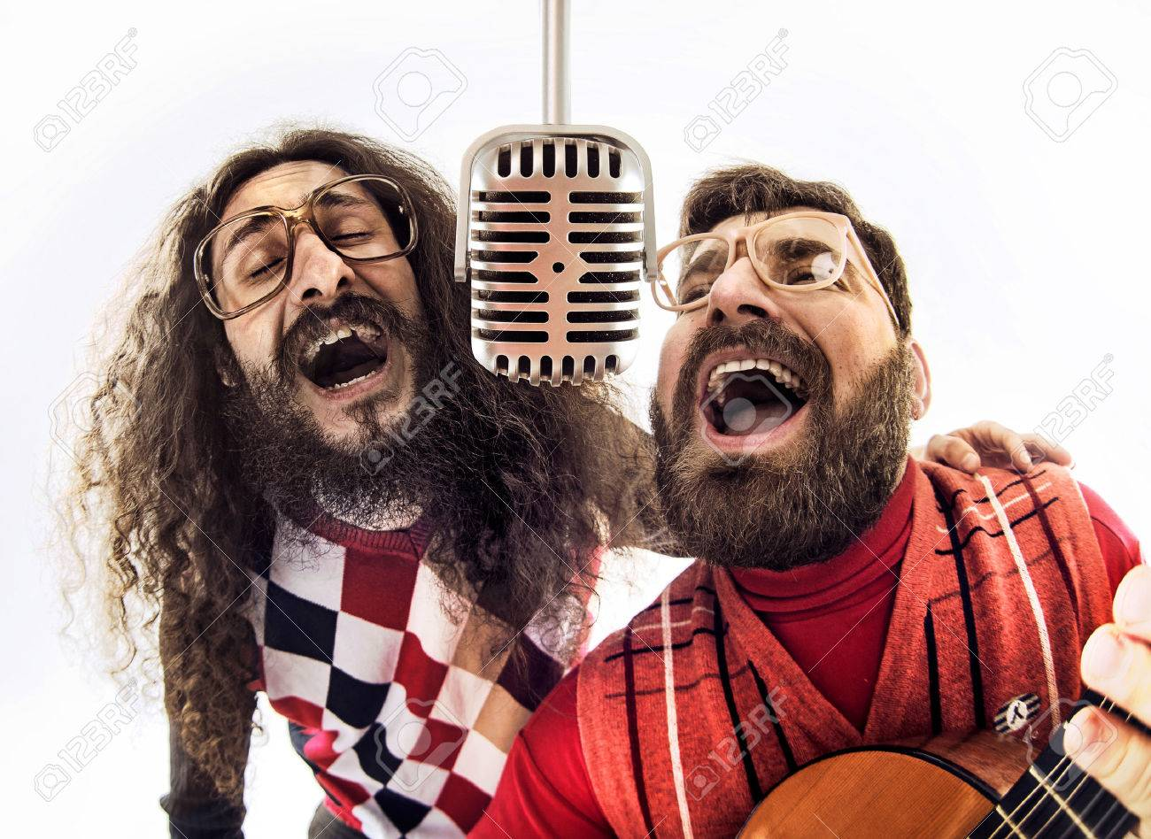 Two nerdy boys singing together Archivio Fotografico - 53128987