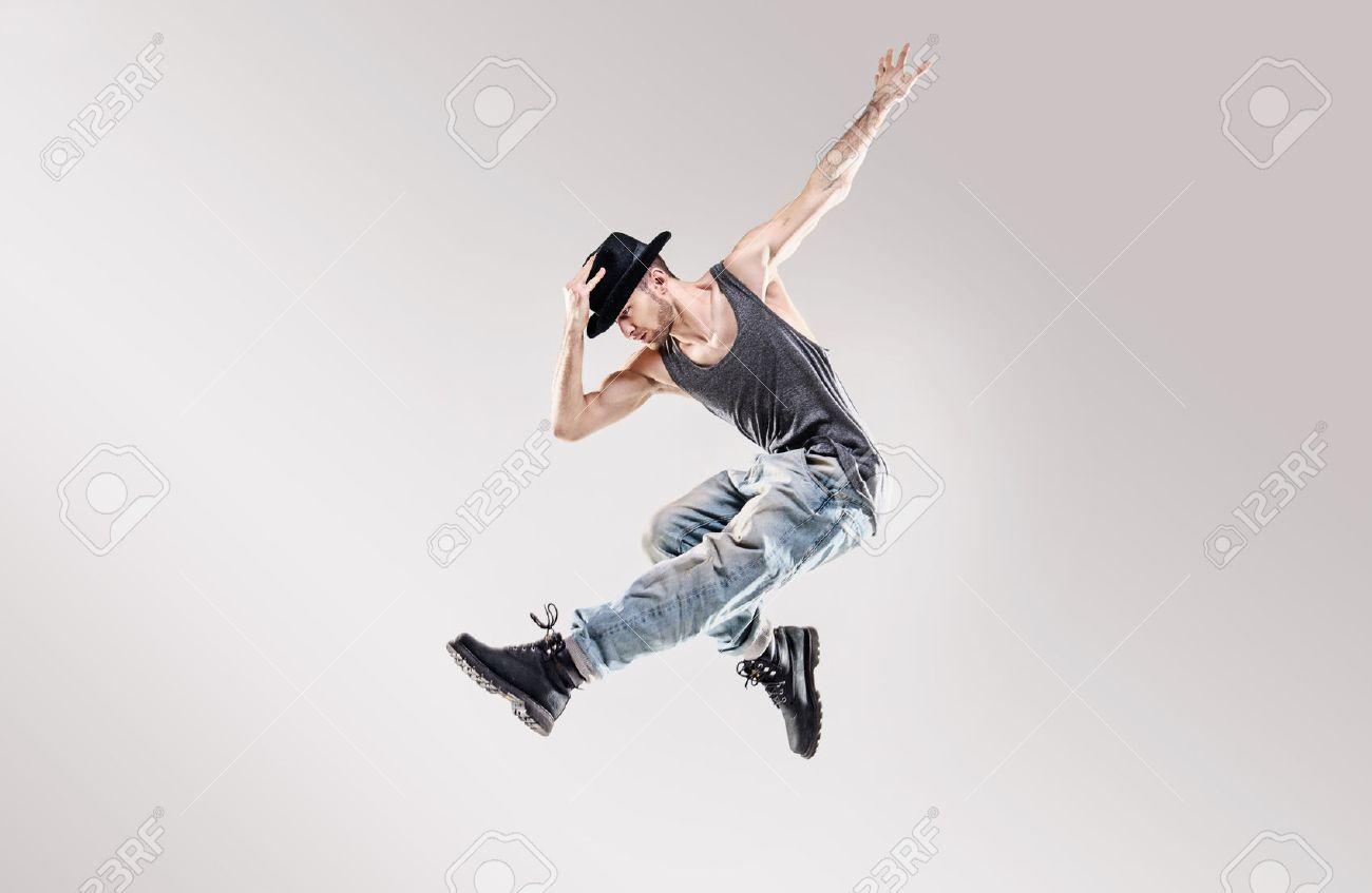 Adatti il ??colpo di un ballerino di talento hip hop Archivio Fotografico - 53129463