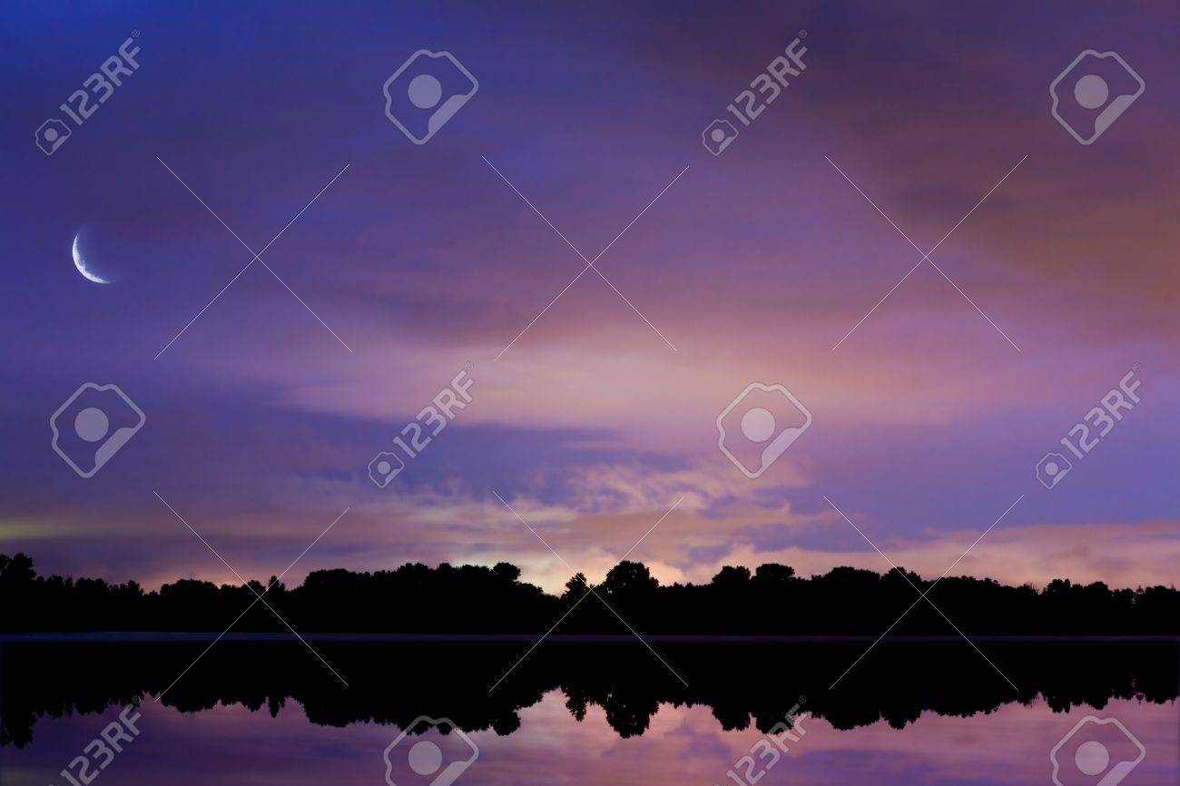 background sky reflected in water at night Stock Photo - 10542016