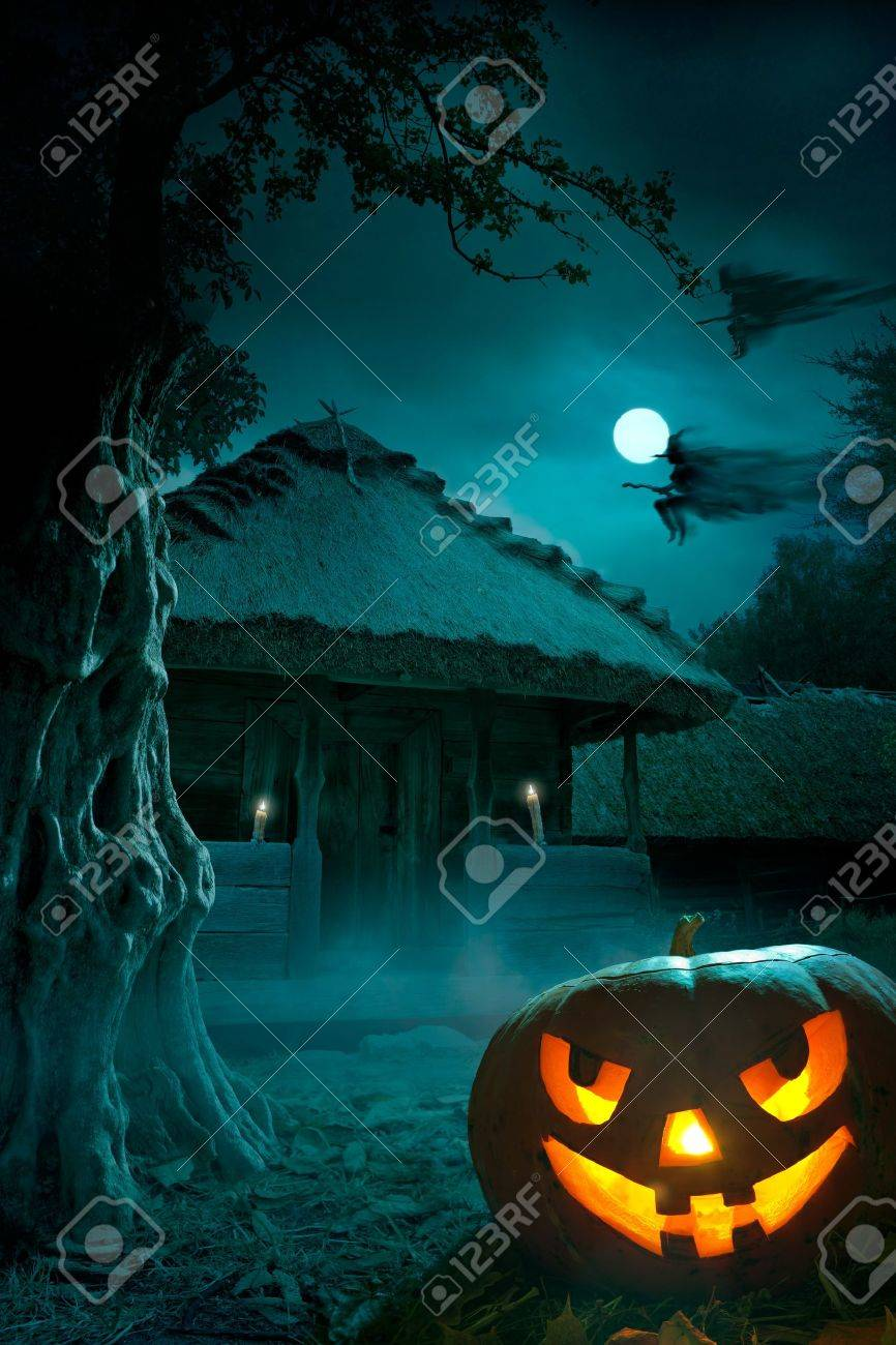 design background for a party on Halloween night Stock Photo - 10826547