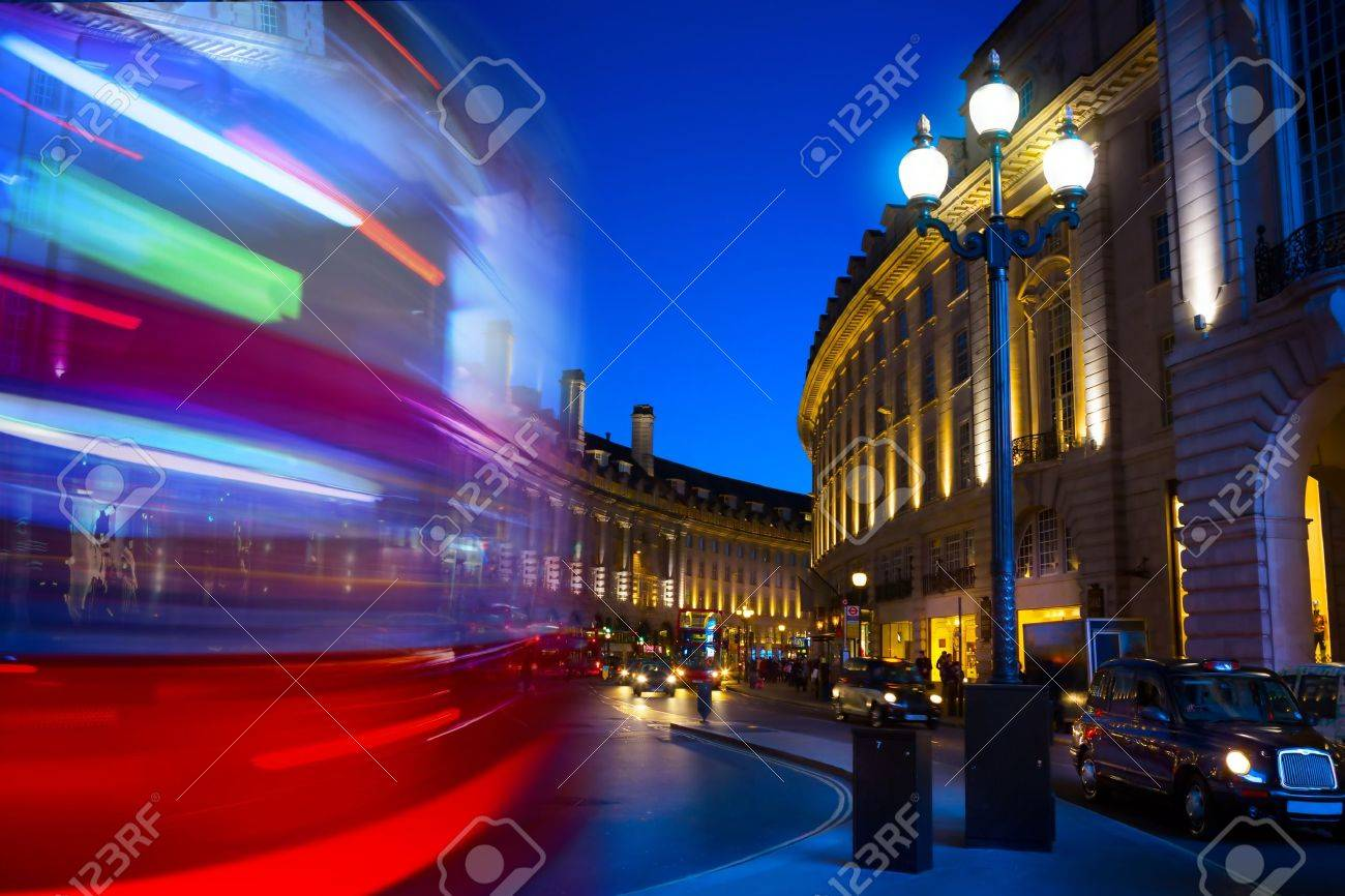 art Piccadilly Circus in London by night Stock Photo - 20937395