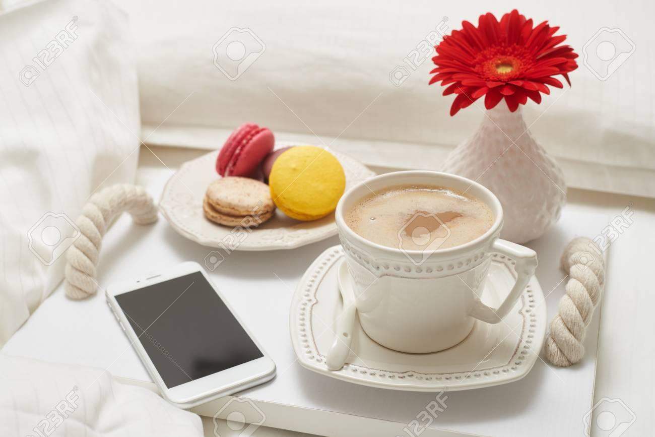 Gros Plan, Grand, Tasse, Cappuccino, Macarons, Téléphone Petit ...