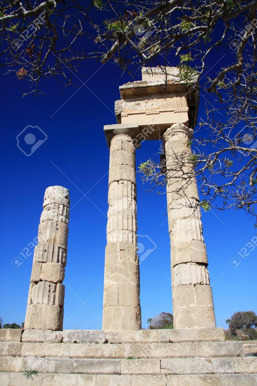 Ruinas del templo de Rodas, Acrópolis, Grecia,  Foto de archivo - 7607541