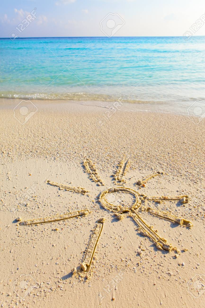 The sun - a picture on sand Stock Photo - 8354113