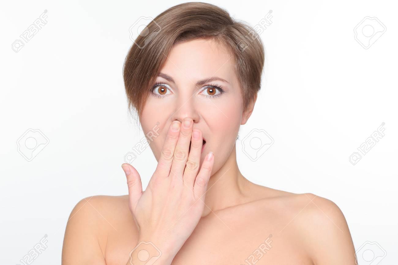 Blonde frau kurze haare nackt