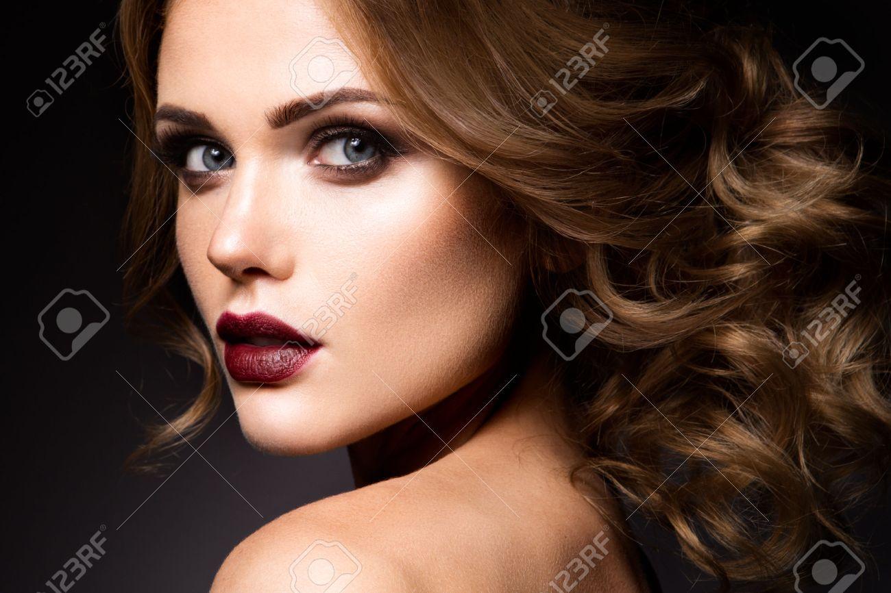 Make up achtergrond royalty vrije foto's, plaatjes, beelden en ...