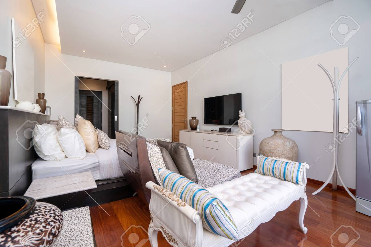 Bedroom with ceiling fan of pool villa, house, home, condo and apartment - 143765560