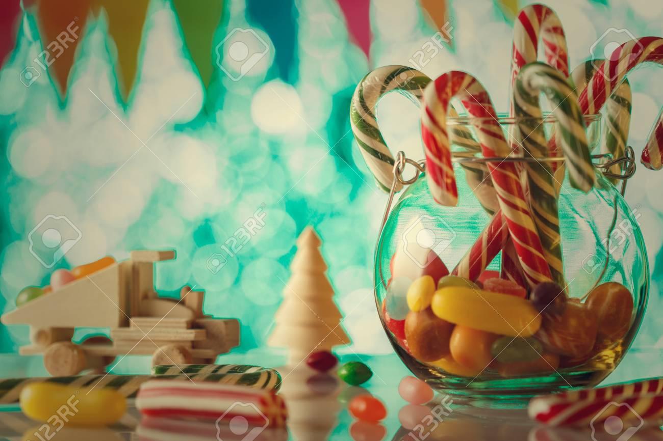 Caramelo De Caña, En Un Frasco De Vidrio. Todo Para Pasar Unas ...