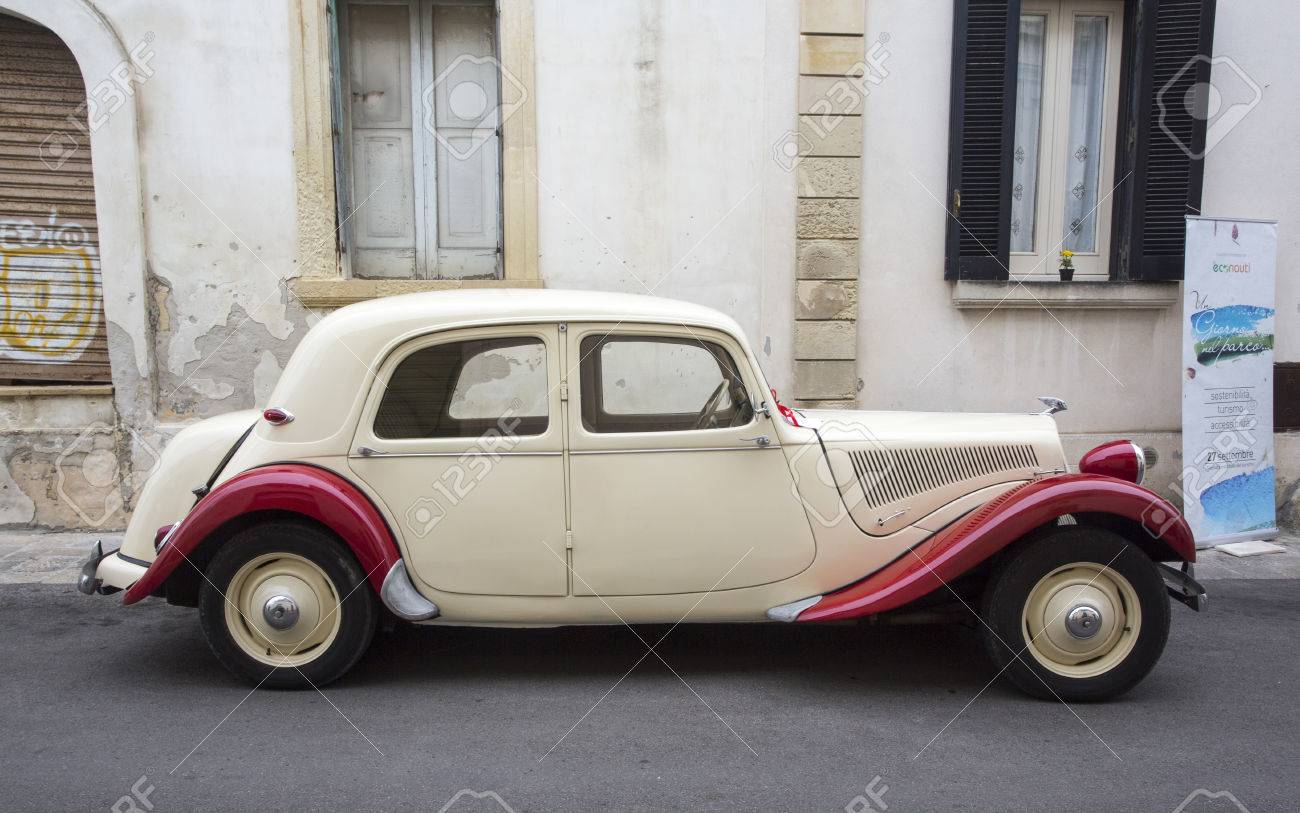 PUGLIA, ITALY- MAY 02.2015. Exhibition Of Old Cars. Vintage Car ...