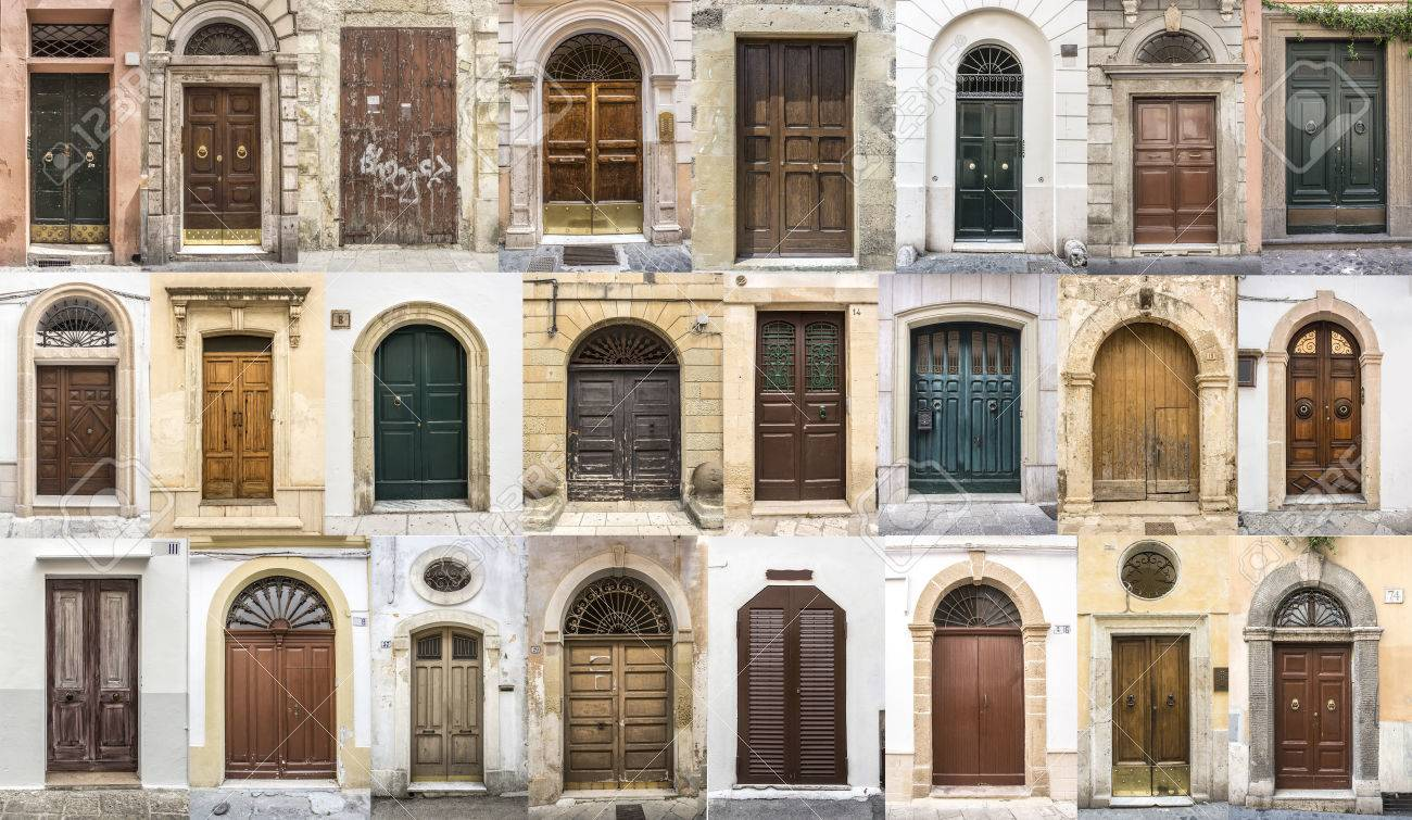 photos of doors of the old districts of Europe - 69562615