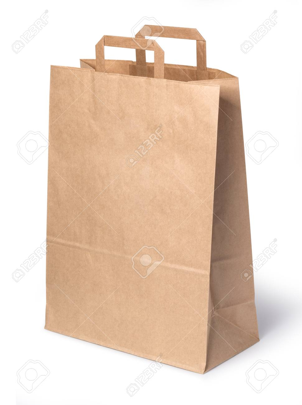 paper shopping bag isolated on white background with clipping path