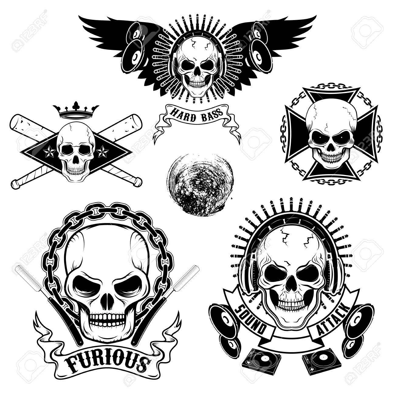 Conjunto De Emblemas Con Los Cráneos. Dj Cráneo, Cráneo Del ...