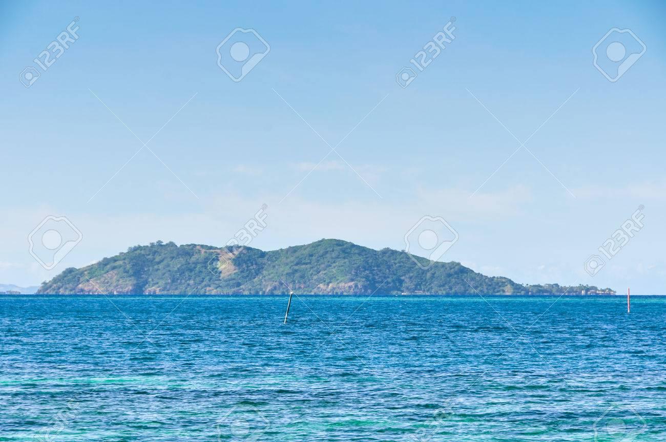 Vista De La Isla Castaway La Localización De La Película Náufrago Con Tom Hanks En Fiji Fotos Retratos Imágenes Y Fotografía De Archivo Libres De Derecho Image 69103161