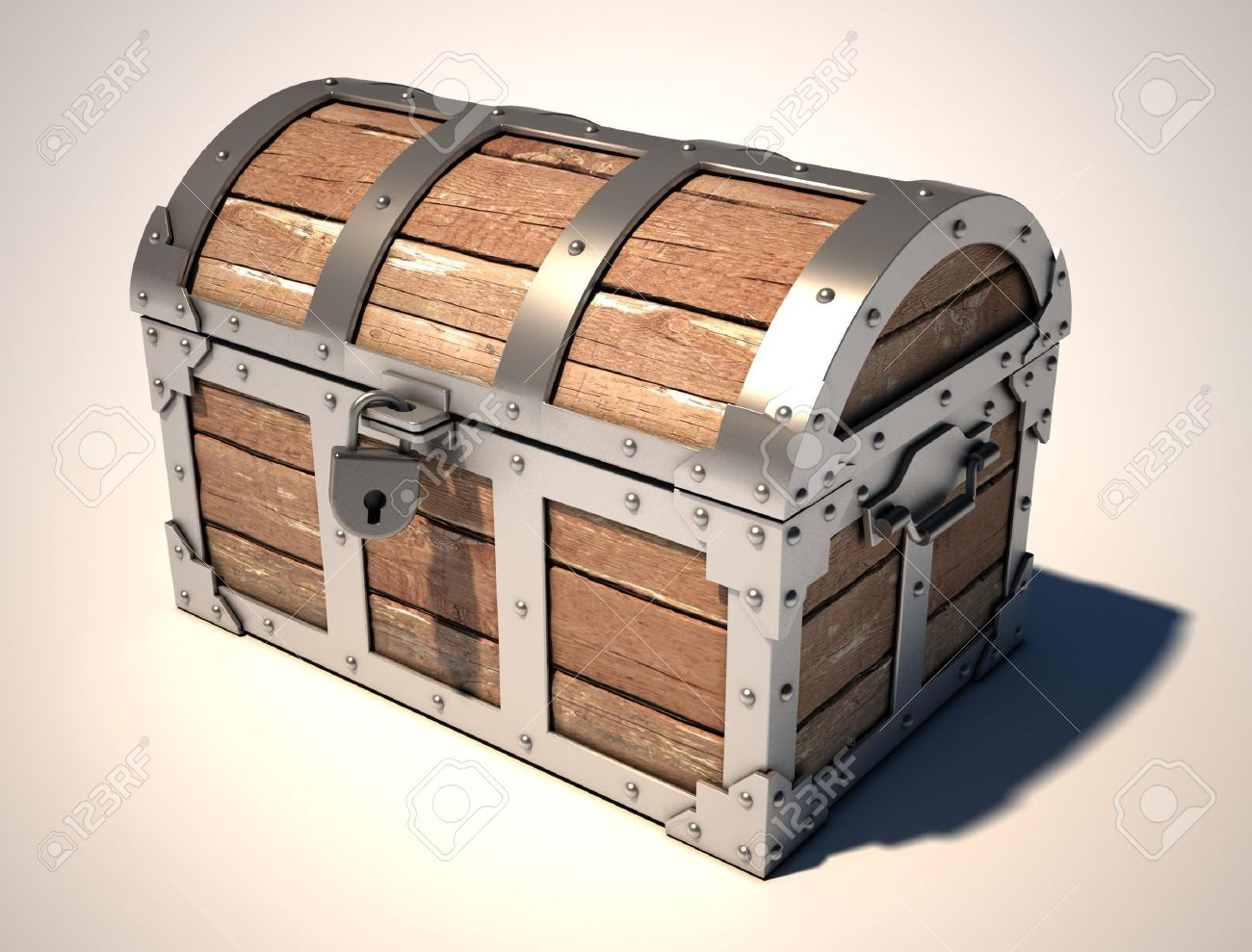 closed treasure chest Stock Photo - 7575736