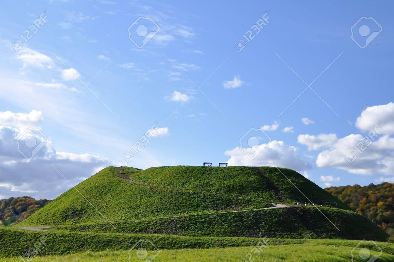 green, mound, hill, Stock Photo - 9624126