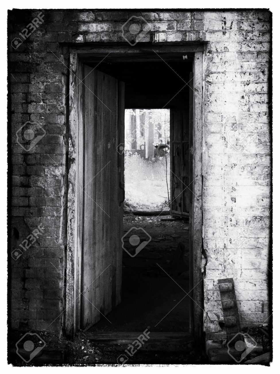 Black and white image of open door