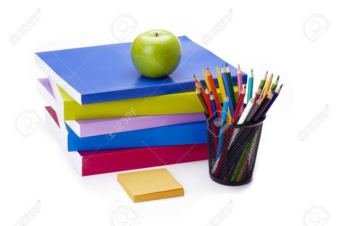 Pomme Assis Sur Le Dessus De La Pile De Livres Avec Une Note