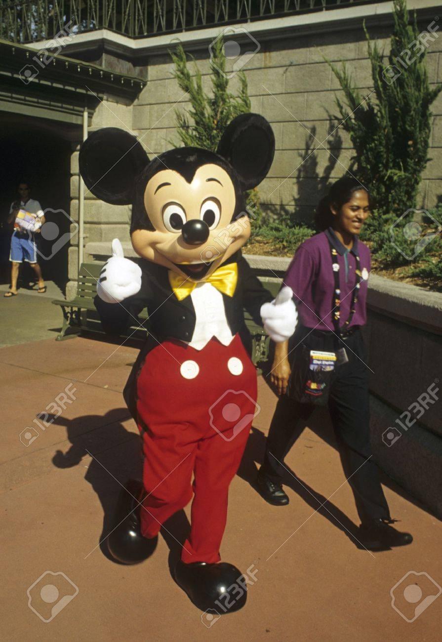 Disney World Magic Kingdom - Mickey Mouse Stock Photo - 11887592