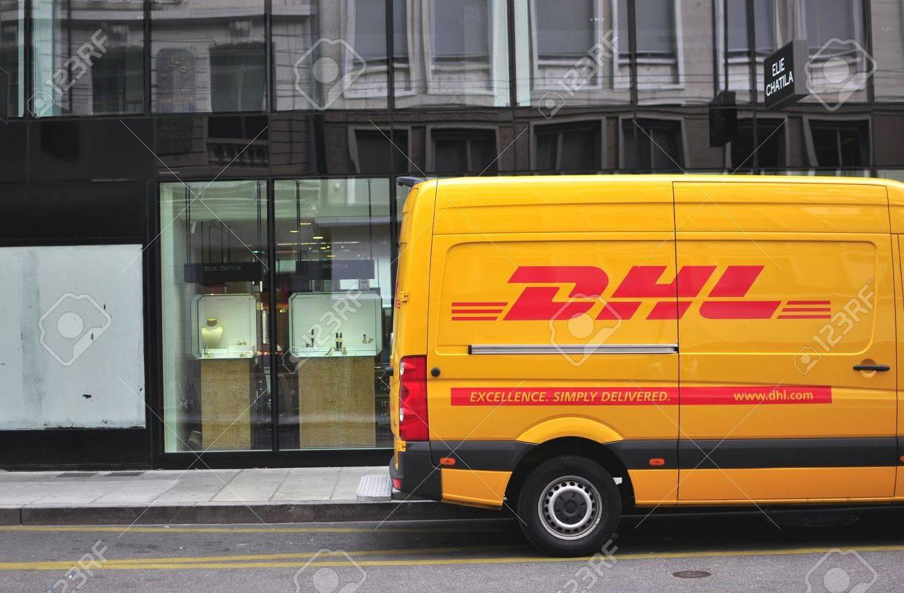 Genf Schweiz 3 September Dhl Auto Auf Der Straße Im