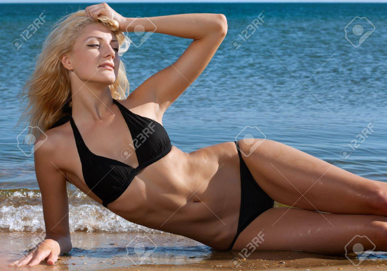 beaut bikimi Stock Photo - beauty sexy woman on beach in bikini