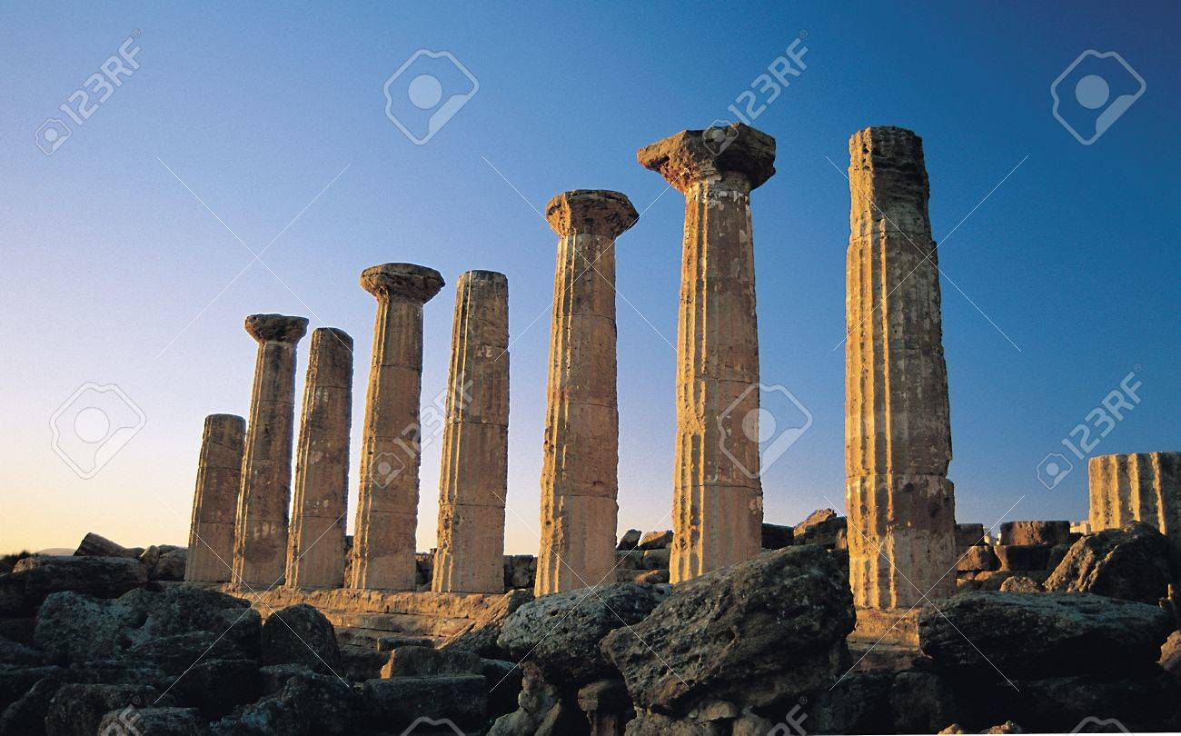 Dorian columns of Greek Temple of Heracles, or Temple of Hercules, in the Valley of the Temples in Agrigento, Sicily Stock Photo - 13042088