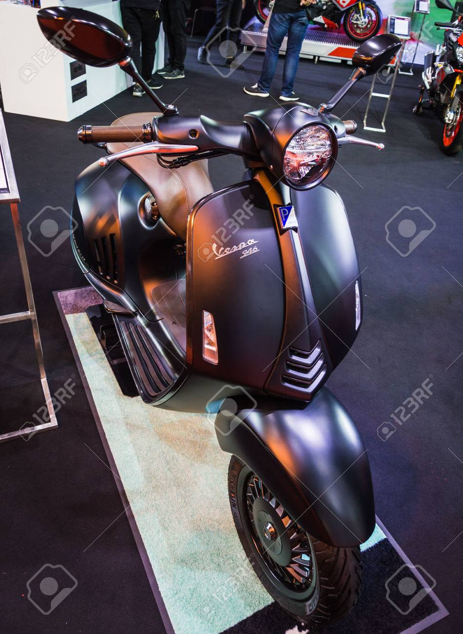 buy sale so cheap picked up BANGKOK - AUGUST 21, 2017 : vespa 946 emporio armani on display..