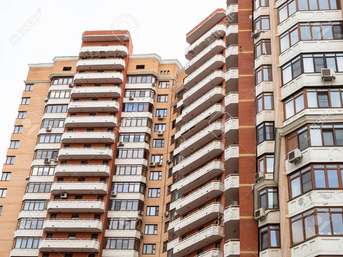 urban multi-storey residential building in Moscow city - 129017881