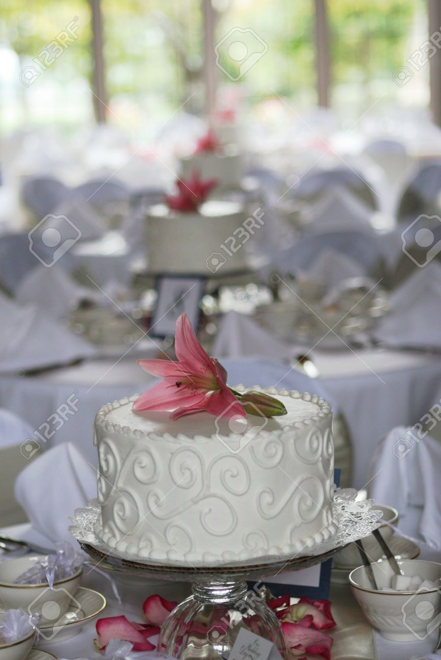 small cake centerpieces at a wedding reception stock photo picture rh 123rf com