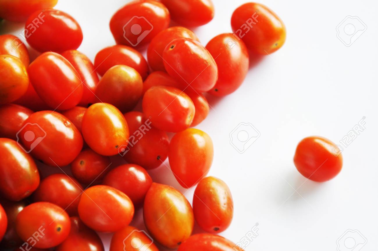 Cherry tomato Stock Photo - 14332085