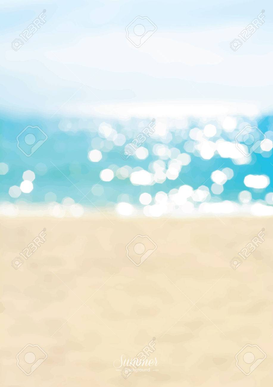 Blurred summer beach with sparkling seawater background - 63282127