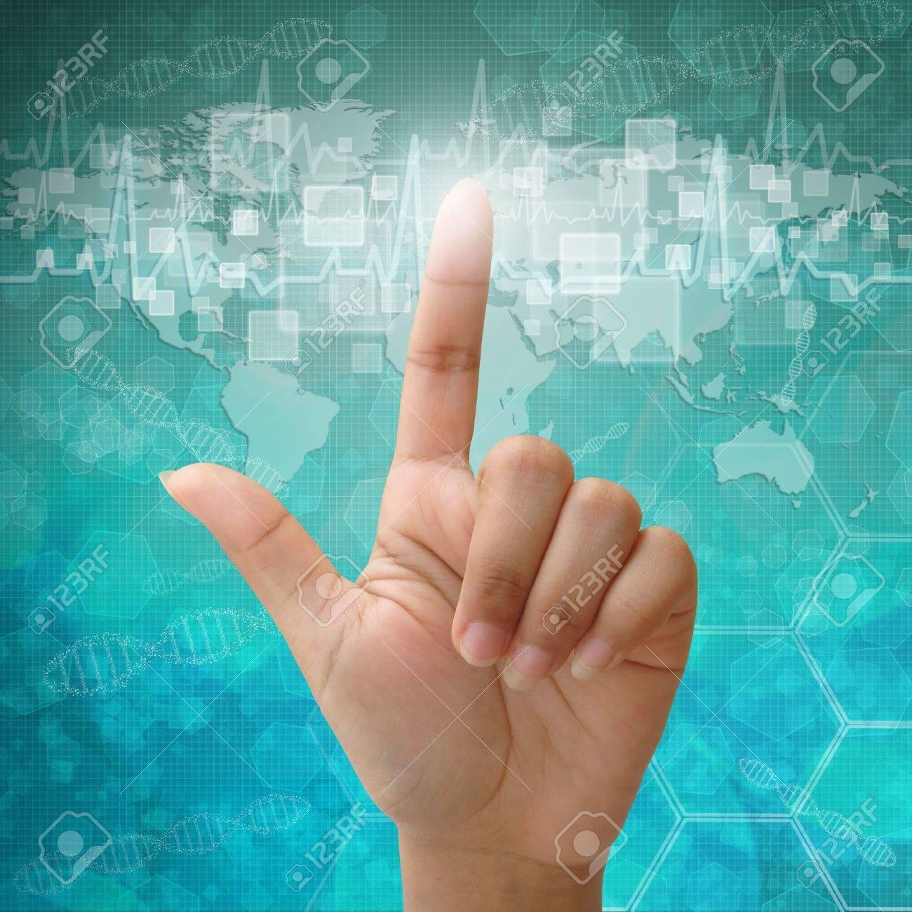 Interface à écran tactile à portée de main Femme, les antécédents médicaux Banque d'images - 15176421