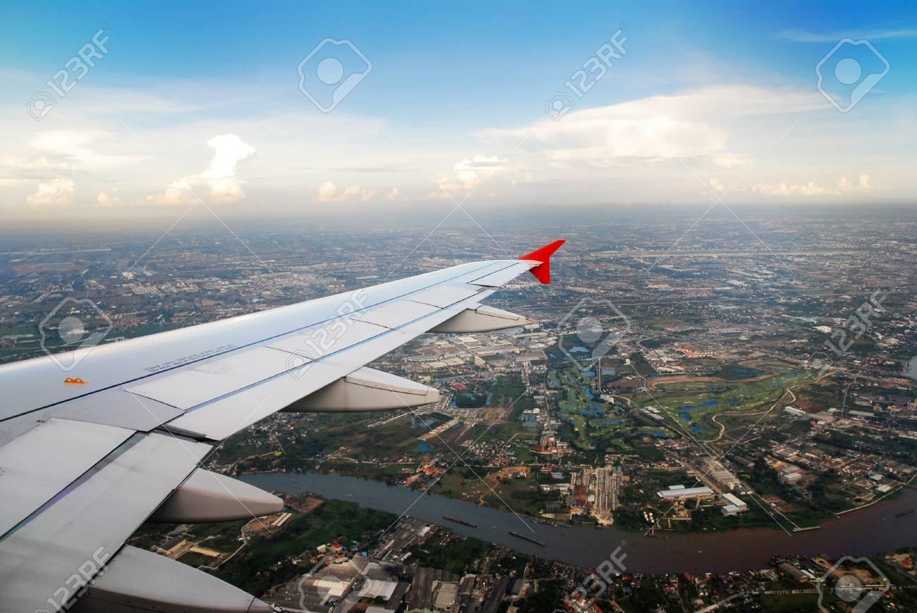 Bangkok Blick Aus Dem Flugzeug Lizenzfreie Fotos Bilder Und Stock