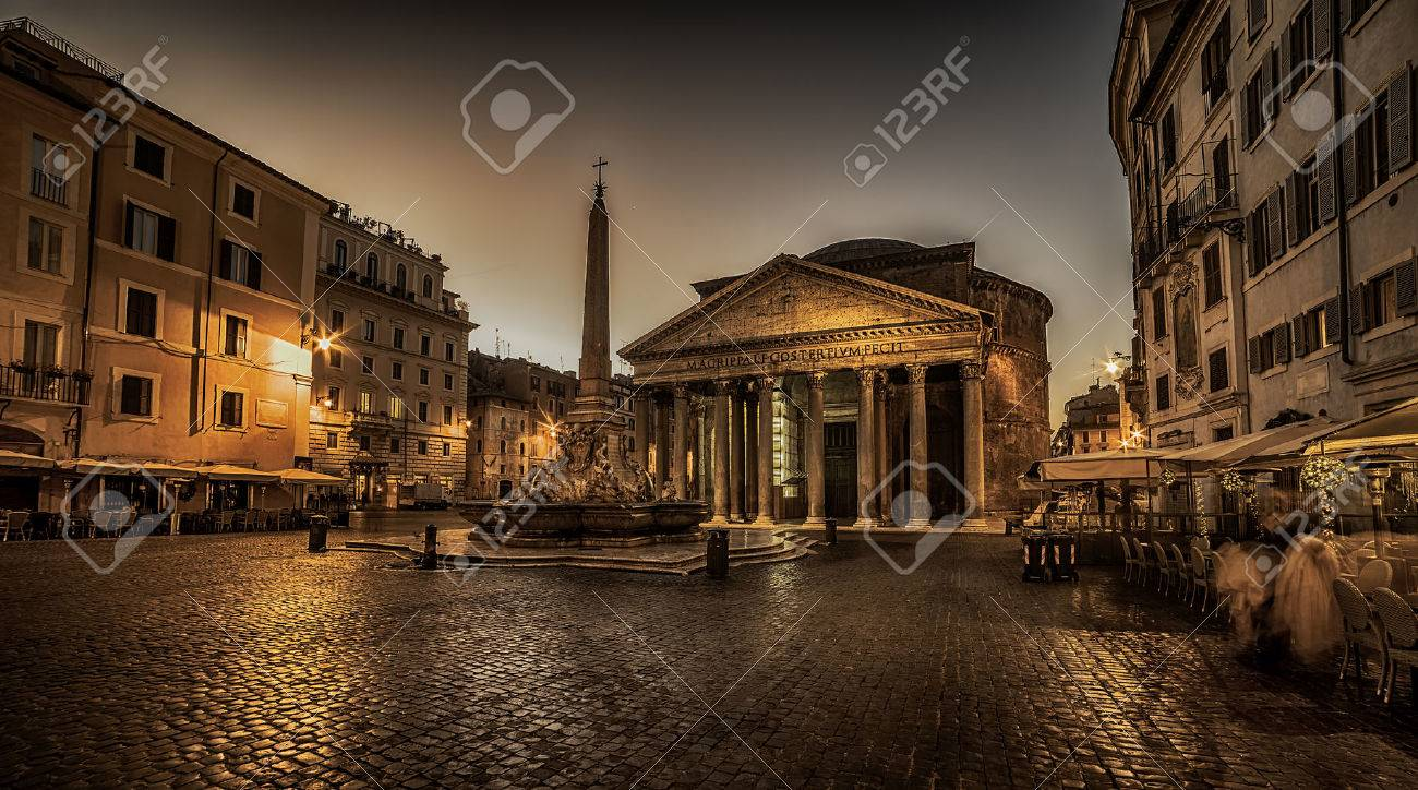 Rome, Italy: The Pantheon at night. Building was completed by the emperor Hadrian - 53288037