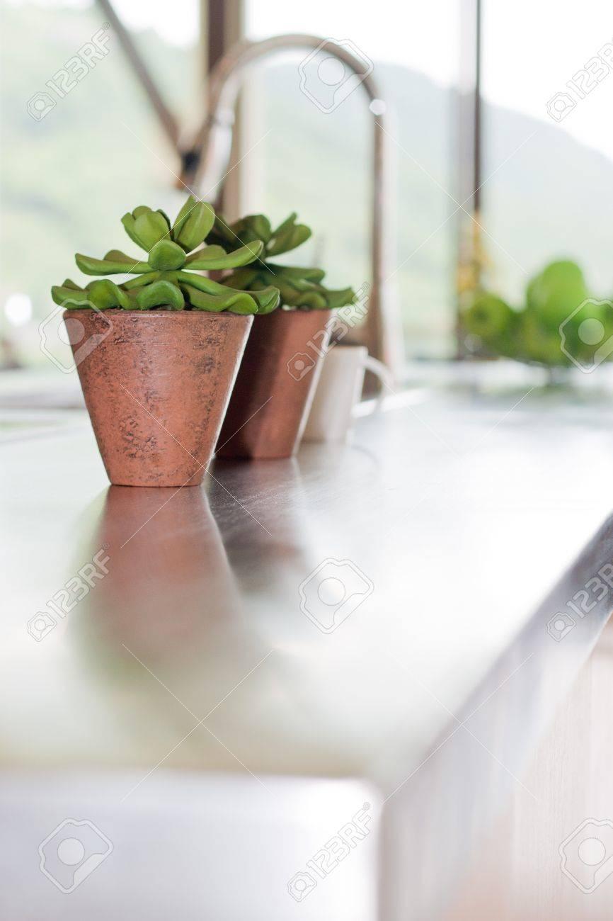 Modern kitchen in luxury mansion Stock Photo - 10398058