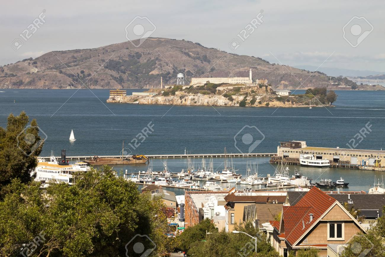 Alcatraz jail and San Francisco Fiherman s Wharf Stock Photo - 17092019
