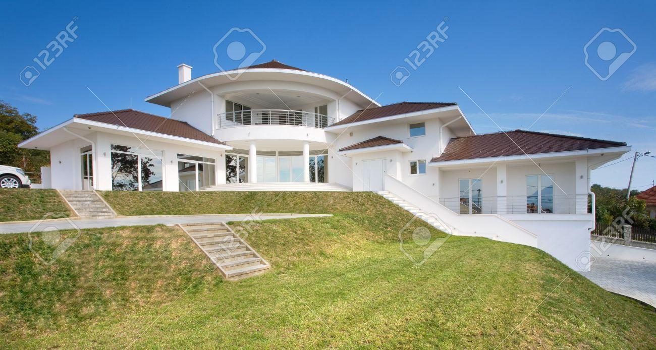 Architecture de maison extérieur, large et Cher maison moderne.
