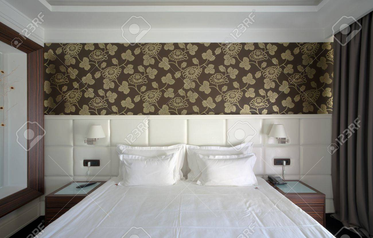 Interior of a hotel apartment with white walls and furniture during daytime Stock Photo - 10407285