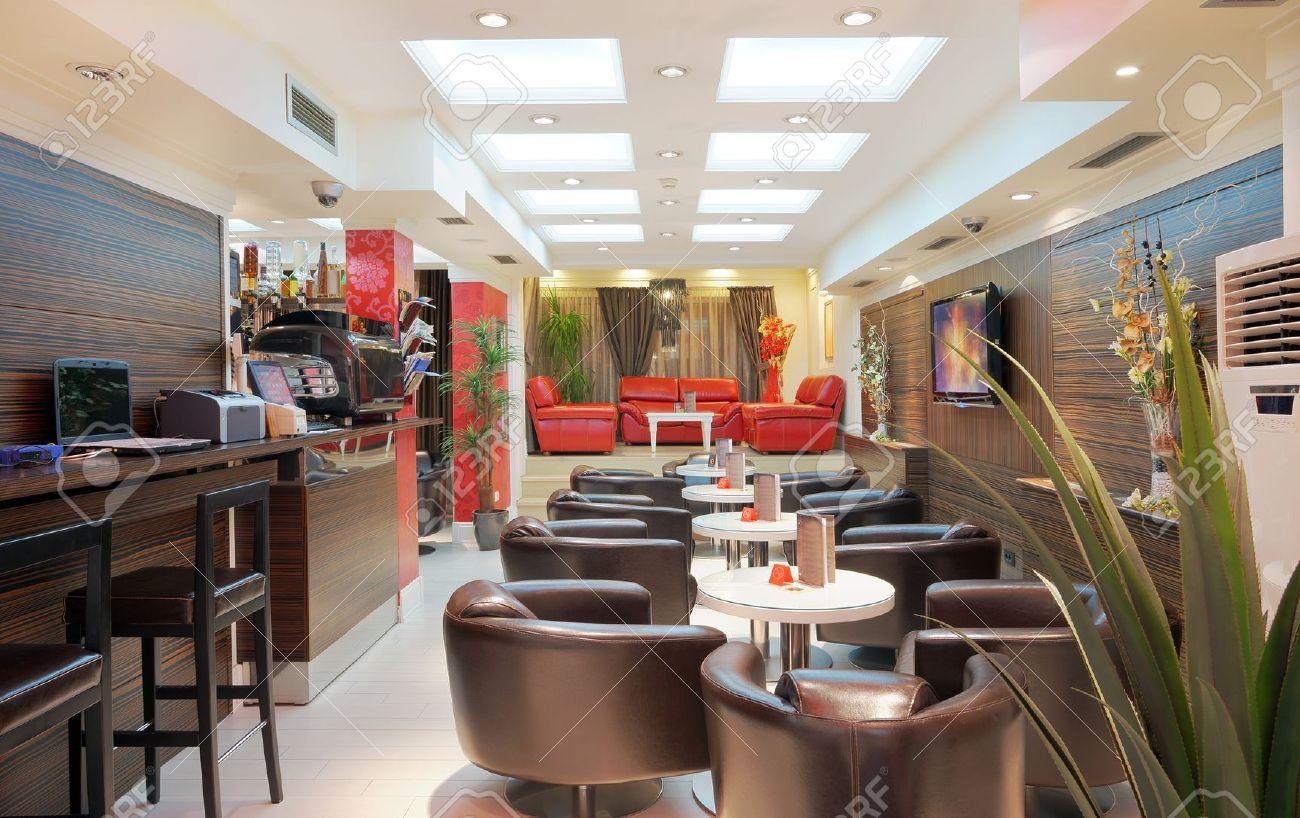 10551682-int%C3%A9rieur-d-un-restaurant-un-design-moderne-.jpg