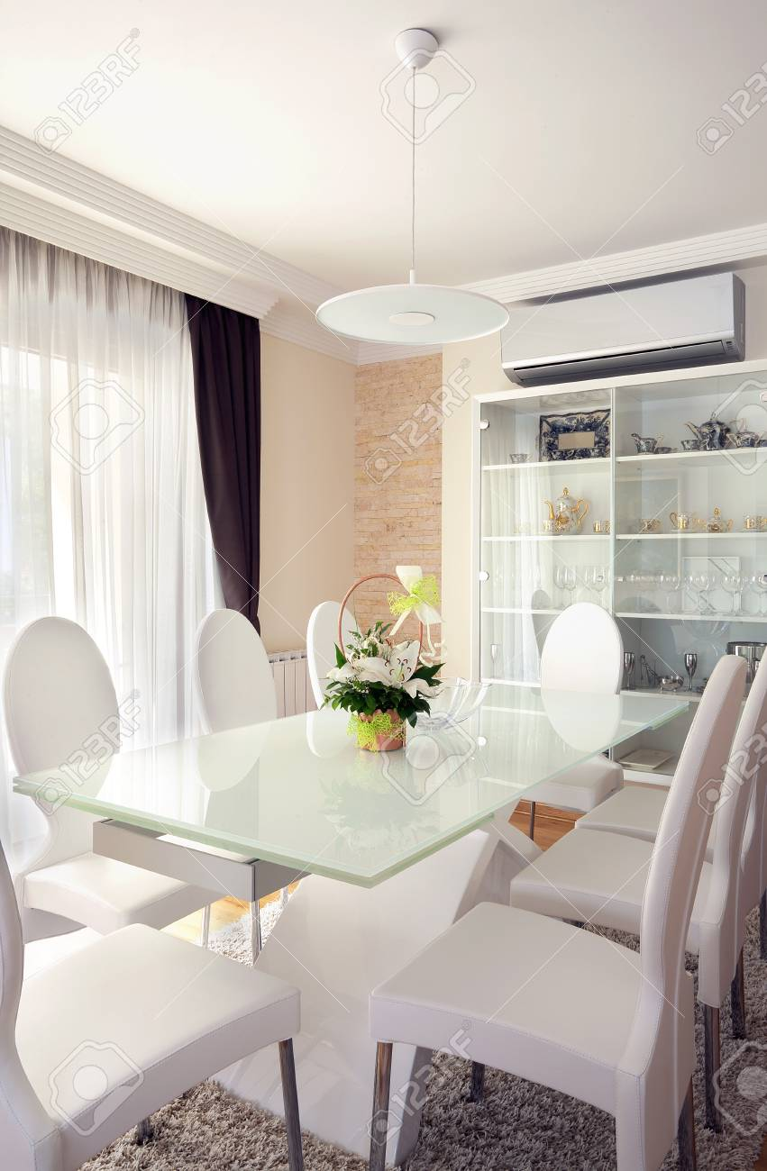 Interior of a modern dining room. Stock Photo - 15155308