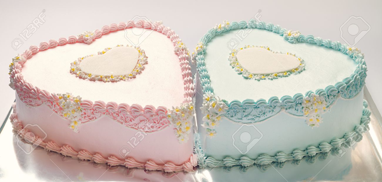Birthday Cakes For Twins For A Boy And A Girl Shape Of Hearts