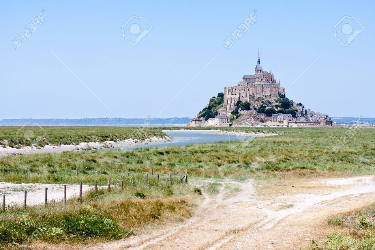 Saint Mont Michel, medieval abbey in Brittany, France Stock Photo - 11713653