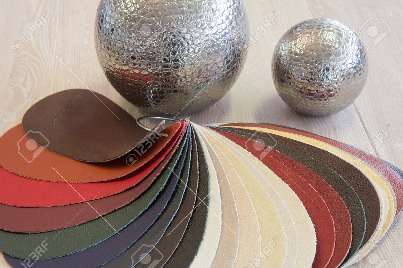 Natural leather upholstery samples in various colors - 11713661